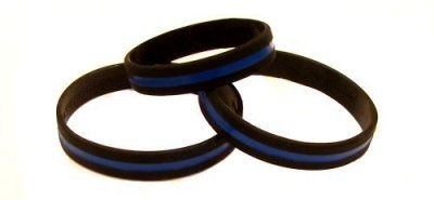 Support Active & Retired Law Enforcement Personnel/Commemorate Fallen Police Officers Wristband - Thin Blue Line